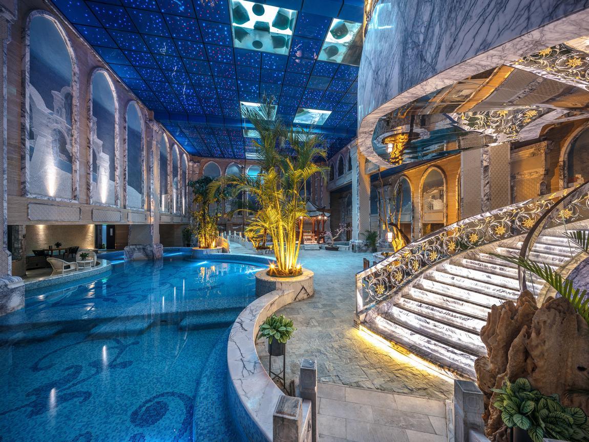 星级度假休闲花园温泉酒店、直观体现该度假酒店豪华